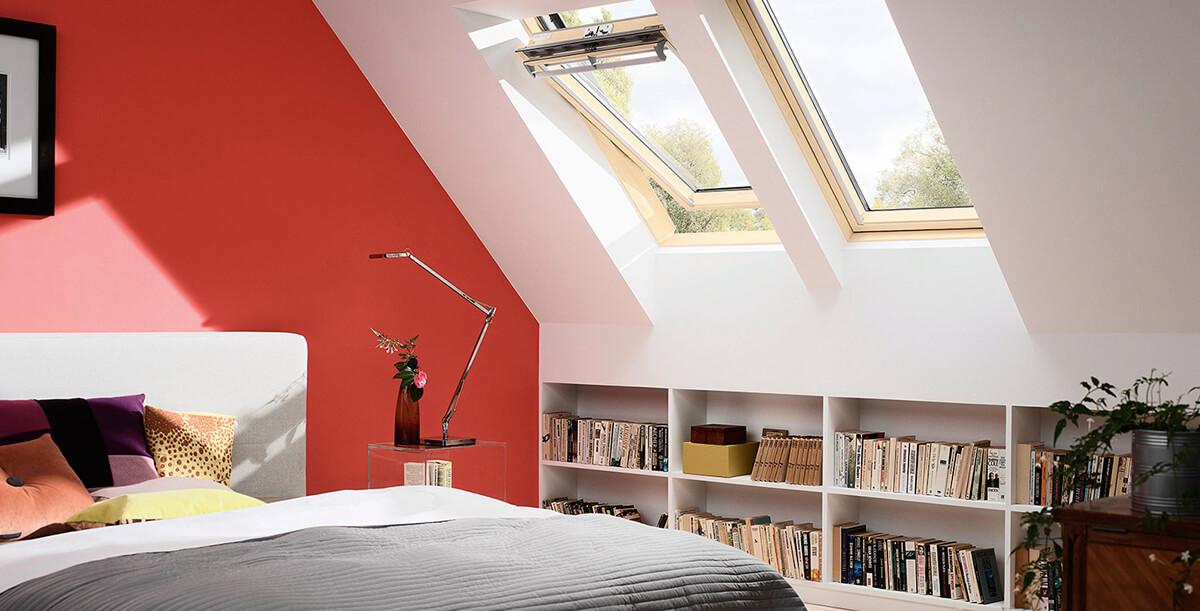 Finestre velux per tetti piani o inclinati a pisa by omnia for Velux finestre per tetti piani