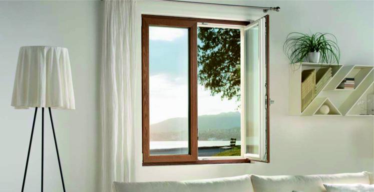 Finestre e porte in legno e pvc finstral lignatec - Finestre pvc finstral ...